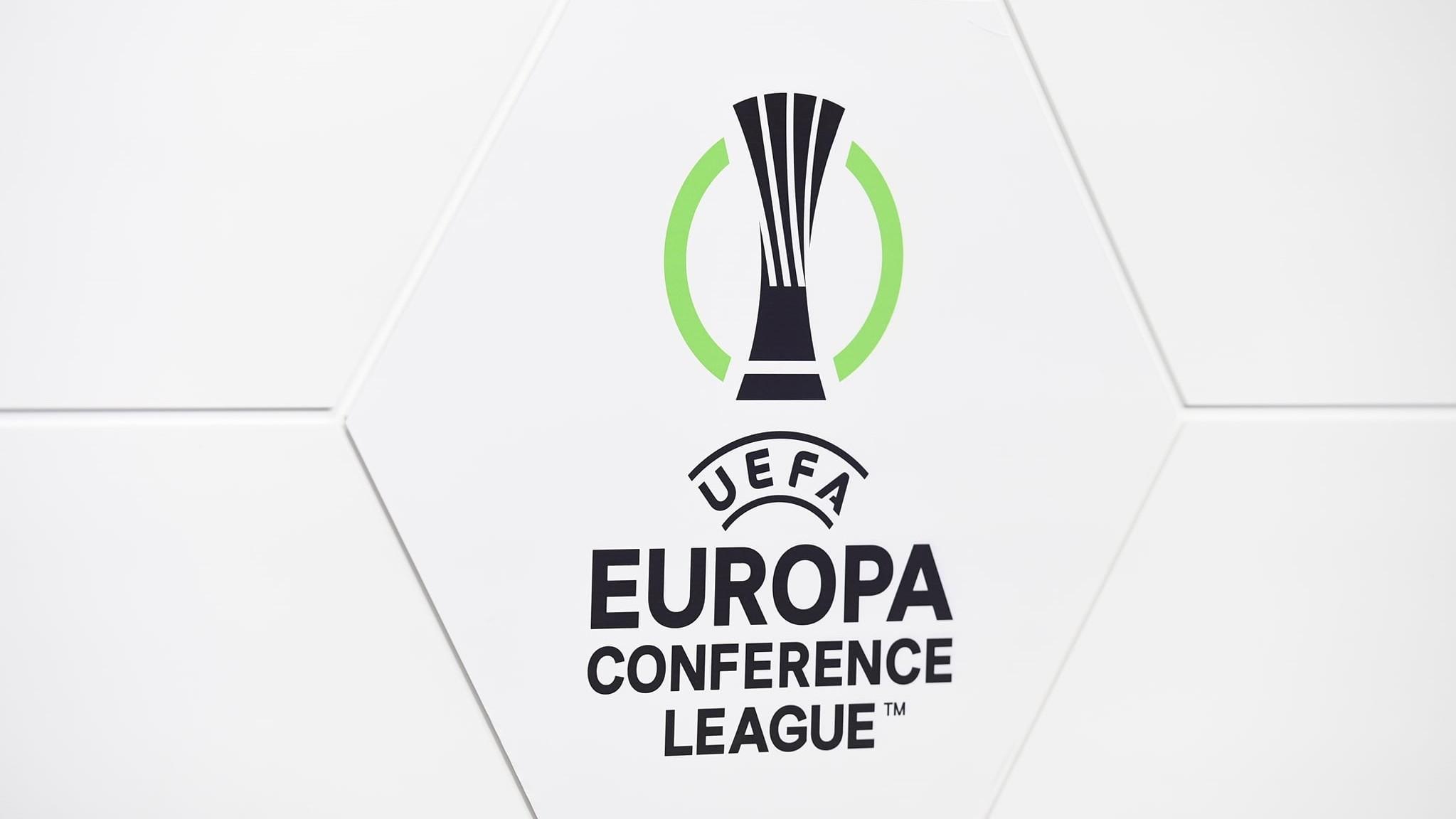 Atgongumerki til Conference League